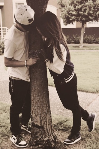 hat white t-shirt cardigan casual couple sweaters nike running shoes jacket leggings black jeans shoes coat sweater jeans