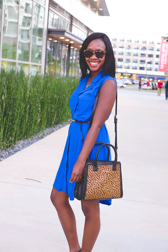 alicia tenise blogger blue dress royal blue dress animal print bag
