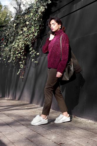 sweater tumblr burgundy burgundy sweater pants khaki khaki pants sneakers furry sneakers white sneakers low top sneakers bag green bag turtleneck turtleneck sweater fall sweater