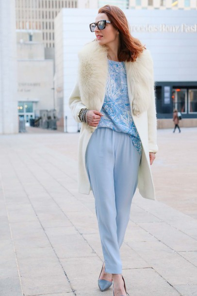 prosecco and plaid blogger pants t-shirt winter coat off-white light blue