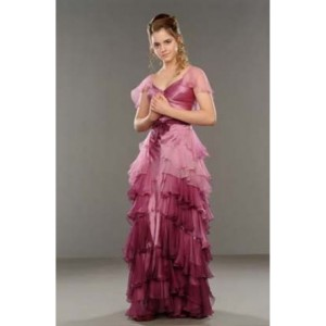 Emma watson beautiful prom dresses in harry potter and the goblet of fire
