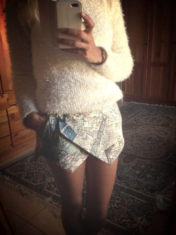 shorts skorts map print fuzzy sweater african print sweater wild animal giraffe