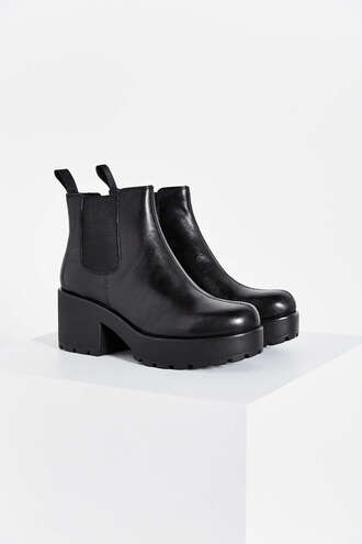 shoes dannika boots black steve madden urban outfitters platform shoes hipster leather grunge girl popular cheaper