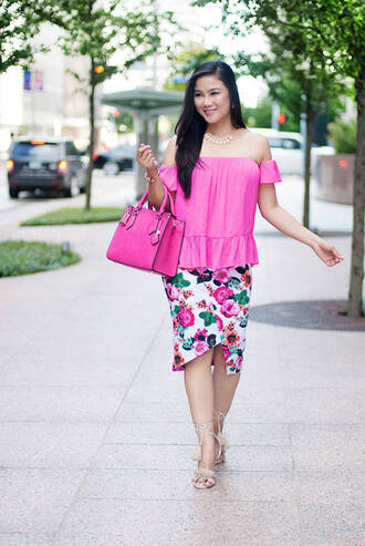 whatever is lovely – a houston life and style blog by lynne gabriel blogger top skirt jewels bag shoes