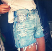 shorts,faded,denim,High waisted shorts,studded,ripped