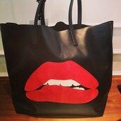bag,red,lips,Valentino,tote bag,black,handbag