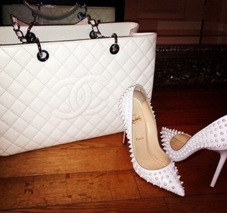 shoes louboutin white spikes red bottoms