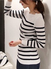 sweater,top,stripes,fashion,style,black and white,trendy,fall outfits,long sleeves,trendsgal.com