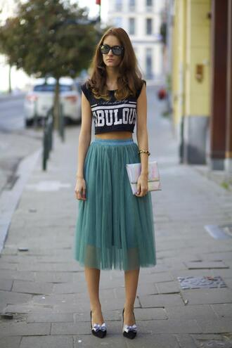 from brussels with love skirt t-shirt bag shoes