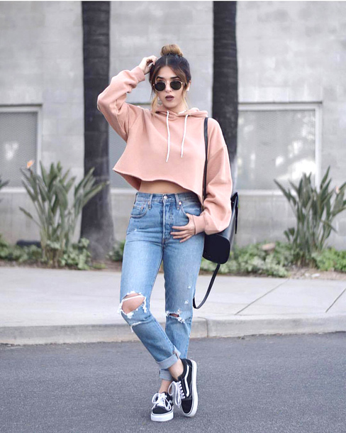 Top cropped hoodie pink top tumblr long sleeve crop ...