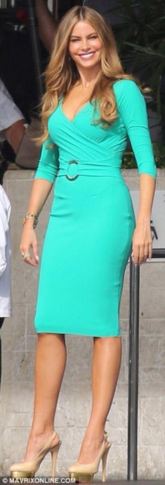 dress sofia vergara blue dress gorgeous beautiful high heels