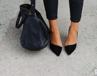 shoes tan highheels bershka asymmetrical black shoes summer shoes shoes winter black jeans high waisted skinny jeans outfit purse glitter blonde hair asymetrisch heels sandals bag classy