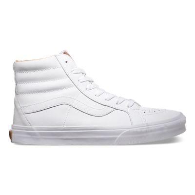 Shop mens skate shoes at vans