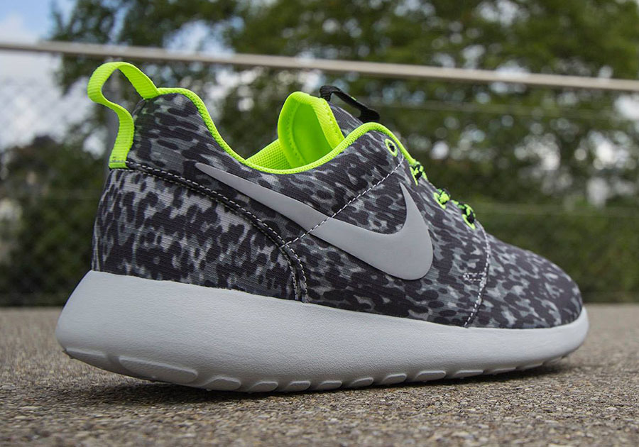 1ng6ok Women Roshe Run Print Discount Women Roshe Run