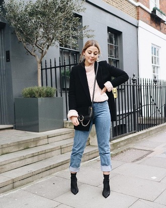 sweater pink sweater blazer black blazer boots black boots blue jeans jeans pointed boots bag crossbody bag