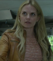 jacket,once upon a time show,emma swan,jennifer morrison,leather jacket,pullover