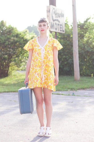 tennessee rose blogger floral dress yellow dress spring dress retro