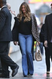 jacket,animal print,fall outfits,sofia vergara,jeans