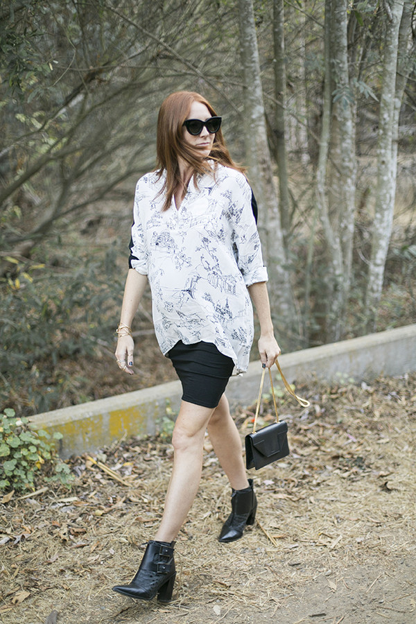 could i have that blogger top bag sunglasses jewels