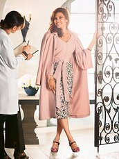 skirt,pencil skirt,eva mendes,blouse,dusty pink,coat