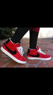 shoes,nike,black and red,nike sneakers
