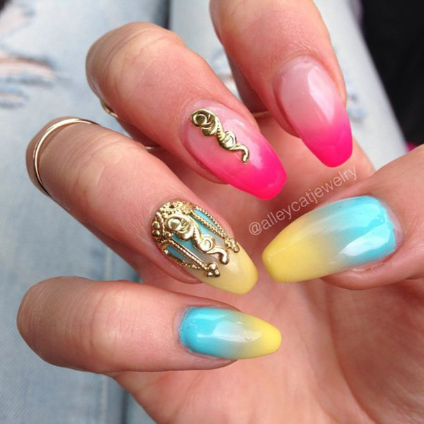 Nail Art Jewels ~ the best inspiration for design and color of the nails