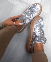 shoes,white,grey,platform shoes,sporty,sport shoes,suede,suede sneakers,streetwear