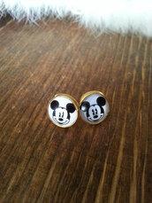 jewels,the glitzy hen,disney,mickey mouse,earringss,studs,stud earrings,gold,gold earrings