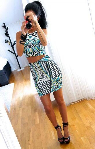 dress two-piece blogger dress print dress printed dress outfit
