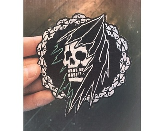 home accessory patch skull black and white