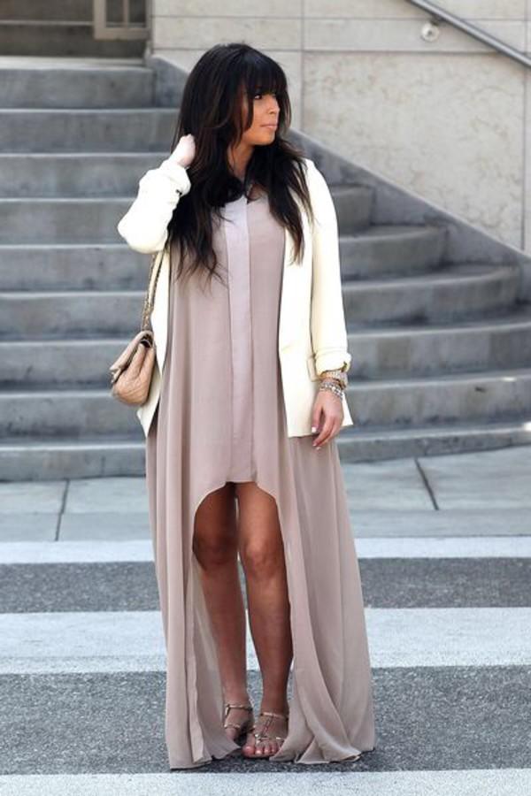 kim kardashian beige dress loose