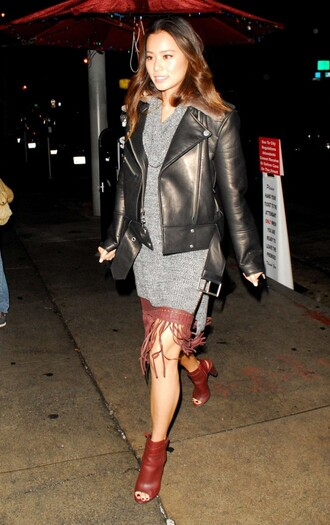 sweater tunic fall outfits fall jacket biker jacket jamie chung booties skirt fringes