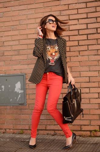 jeans pumps red jeans top black top blazer printed blazer black pumps bag black bag sunglasses black sunglasses blogger lovely pepa phillip lim red pants graphic tee black heels