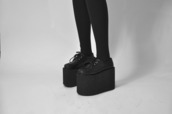 shoes,grunge,creepers,platform shoes,goth,pastel goth,nu goth,emo,punk,soft grunge,harajuku,creepy