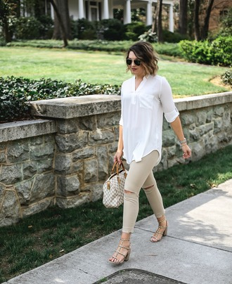 life & messy hair blogger shoes top bag sunglasses jewels pants white shirt handbag skinny pants sandals louis vuitton bag spring outfits
