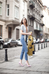 fashion agony,blogger,grey top,v neck,ripped jeans,skinny jeans,high waisted jeans,cropped jeans,pink heels
