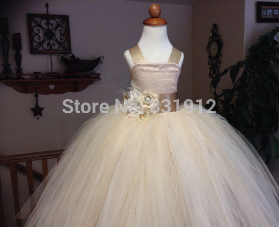 Aliexpress.com : buy 2014 vintage lace rustic champagne spaghetti straps fluffy tulle ball gown flower girl dresses for weddings girls pageant dress from reliable dress yellow suppliers on love forever on line store 831912
