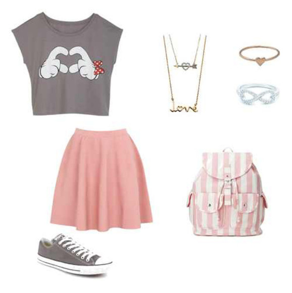 grey t-shirt skirt pink skirt gold necklace