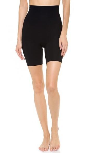 shorts classic black