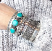 jewels,jewelry,silver,silver bracelet,bracelets,turquoise,boho,boho jewelry,boho chic,turquoise jewelry,hippie,hippie jewelry,hippie chic,bohemian,cuff bracelet,silver jewelry,stacked bracelets