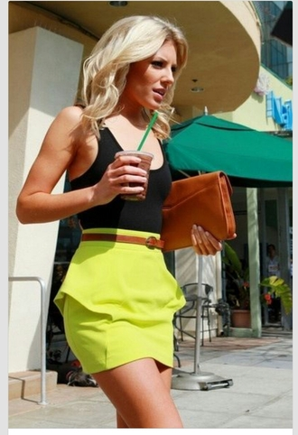 clothes skirt neon skirt neon green neon green skirt mini skirt lime skirt lime girl