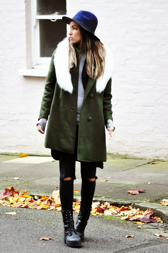 blogger khaki moon magik hat vintage coat