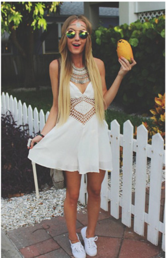 white dress summer dress aspen mansfield dress white boho bohemian hippie ethnic festival party summer spring sun sunny hot warm cute teenagers tumblr girl lace lacy cut out panel