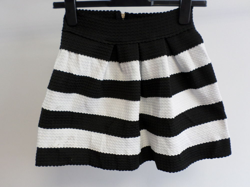Rare london black and white stripped bandage skirt size s/m brand new box8203 e