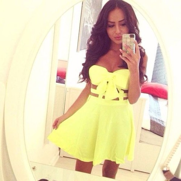 dress yellow cut-out bow bustier skirt where can i get this dress summer cute dress yellow dress neon yellow dress strapless bow cute yellow dress bow bow dress green summer dress cut-out bright green dress