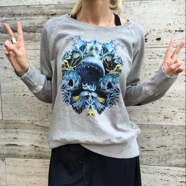 blouse sweater grey print fashion streetwear instagram denmark