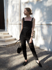 jumpsuit,bag,shoes,black jumpsuit,black shoes,black bag