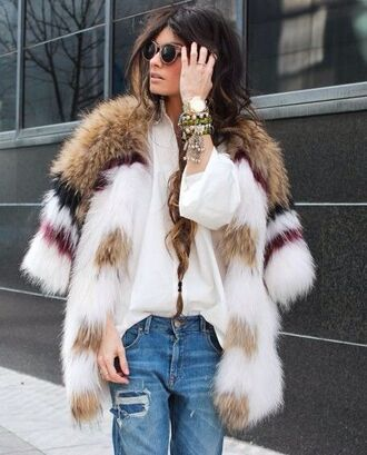 coat fur fur coat winter coat white classy big fur coat multicolor sunglasses wooden sunglasses bracelets jewels shirt white shirt blue jeans faux fur
