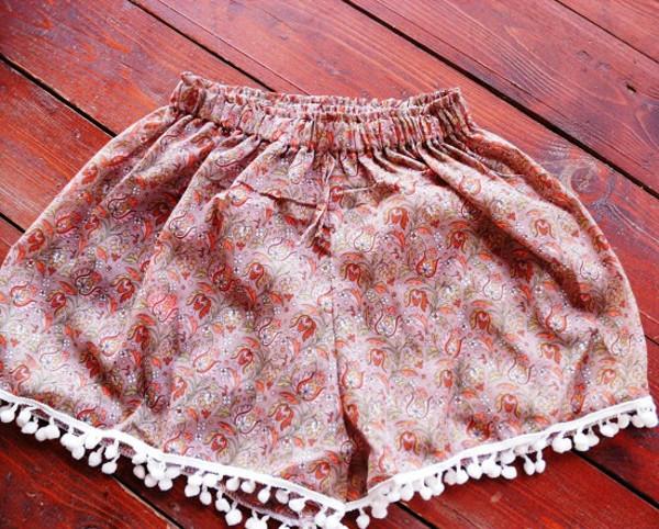 shorts pom poms pom pom shorts