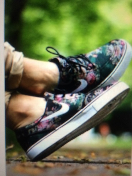 shoes floral nikes